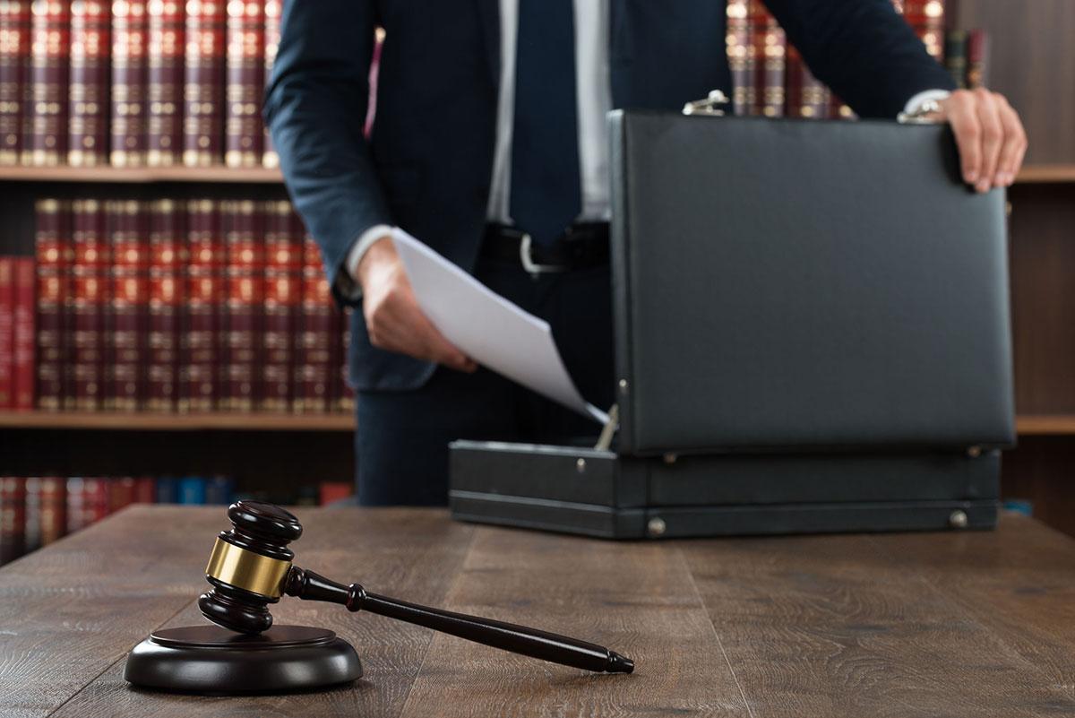 divorce-lawyer-ny-1200px